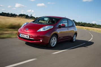 Nissan celebrates 10,000 Leaf sales in the UK